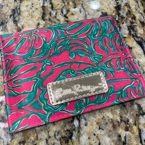 LILLY PULITZER Pink Palm Print Mirror Wallet Card